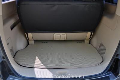 Коврик в багажник с люверсами под воздуховоды - DSC_0603.JPG